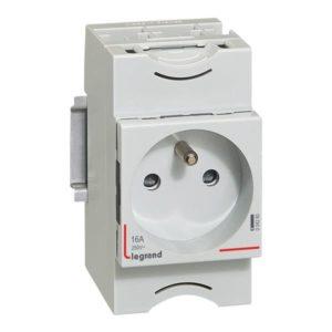 Prises mdoulaires -Prise de courant - 10/16 A 250 V - 2 P + T - 2,5 modules