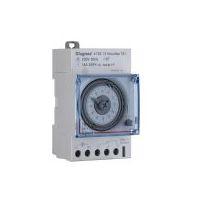 Interrupteurs horaire & interrupteurs crépusculaire -Interrupteur horaire journalier 3modules horizontales - 50Hz - manuelle