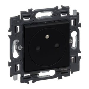 Prises -Valena Next prise 2P+T 16A affl. appareil complet noir à griffes