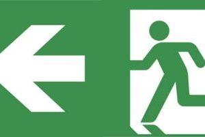 Éclairage de sécurité -Evago plaque perspex indication chemin de fuite gauche